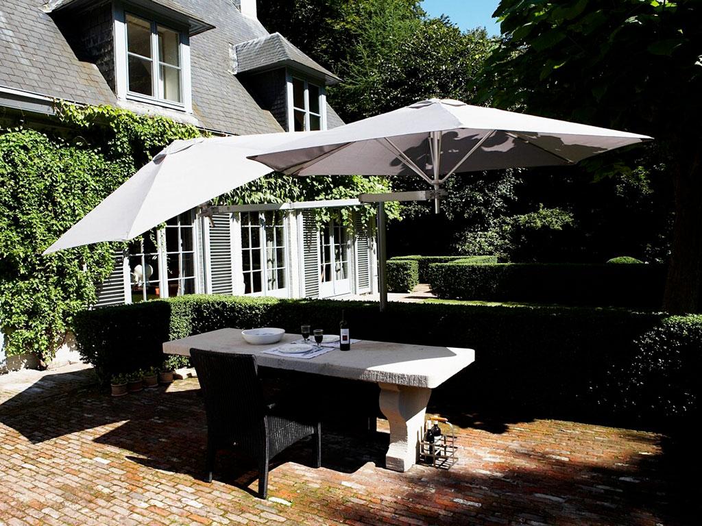 Ombrelloni da giardino napoli de vivo showroom for Giardino casa classica