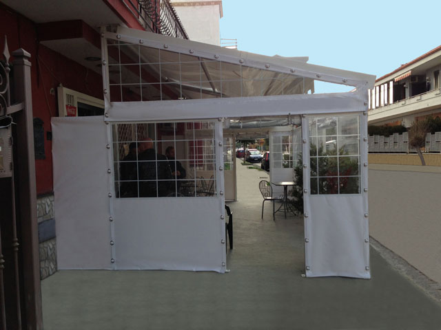 Tende Trasparenti Da Esterno : Tenda con chiusure laterali scorrevoli in pvc e cristal